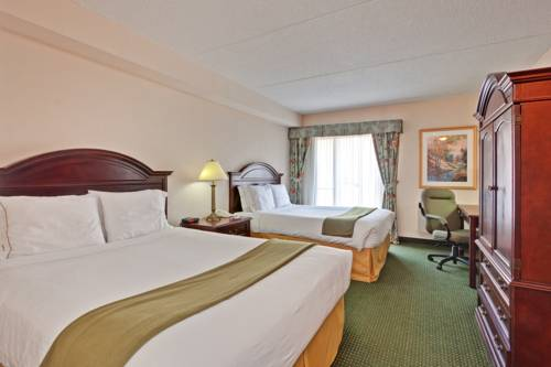Holiday Inn Express Toronto Airport Area/ Dixie Road
