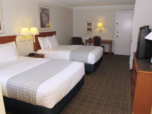Baymont Inn and Suites Houston Hobby