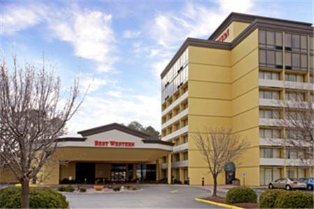 Clarion Inn and Suites - Hampton