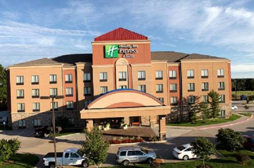Holiday Inn Express and Suites Springfield Medical District